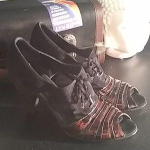 Vaneli High Heels 10.5 black/brown dress shoes